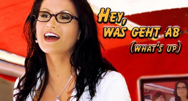 Antonia aus Tirol präsentiert ihre neue Hit Single- Hey was geht ab (Whats up)